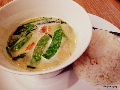 Veg green curry with rice