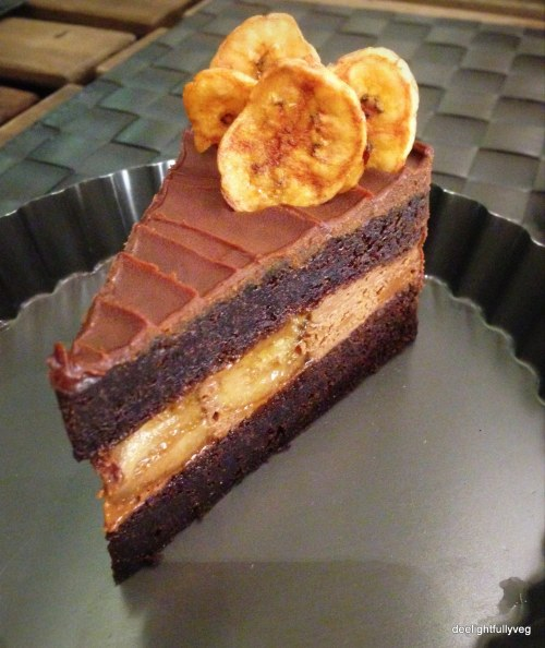 Dark chocolate banana cake