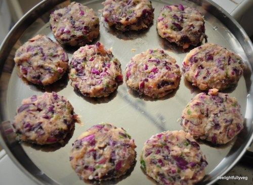 Potato and cabbage tikki shape