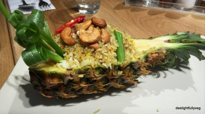Baked pineapple rice
