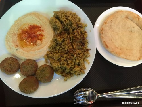 Pilaf set with falafel