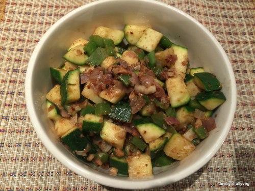Zucchini and capsicum salad