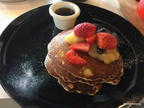 Fruity berries pancakes