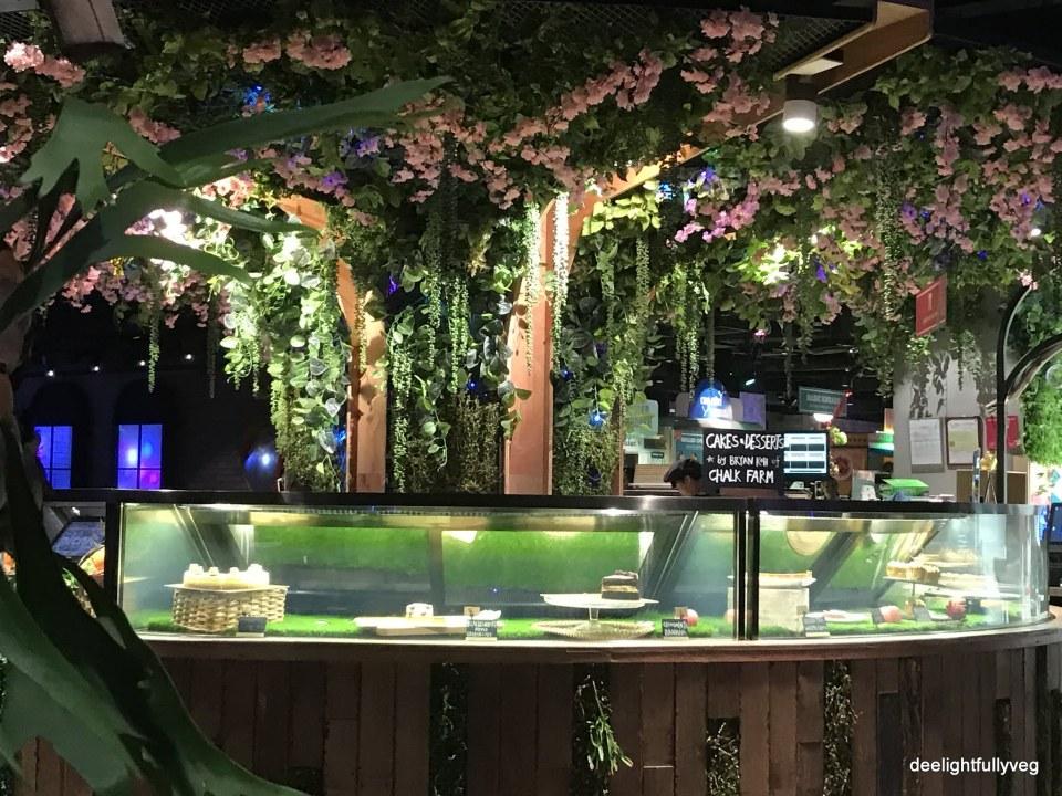 Picnic dessert counter