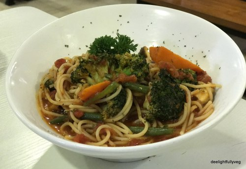 Marinara with garden vegetables