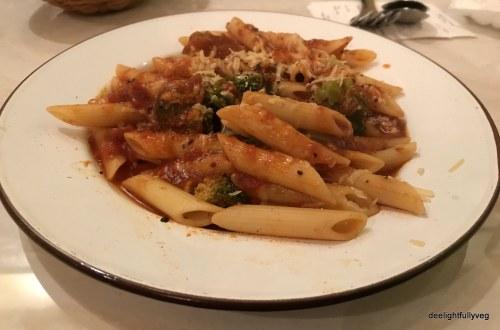 Penne with marinara sauce